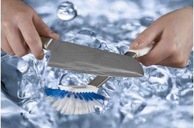 Abgebildetes Messer ist nicht im Lieferumfang enthalten.